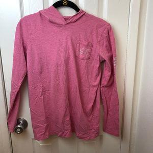 Vineyard Vines rose longsleeve T-shirt with hood.